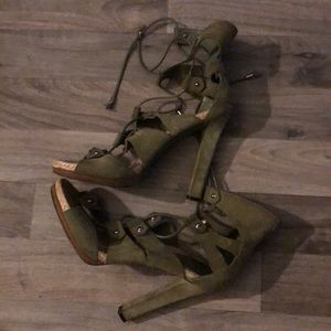 Green Gucci Suede open toed heels, lace up
